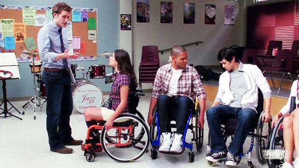 01×09. Участники хора начинают проводить несколько часов в день в инвалидных креслах